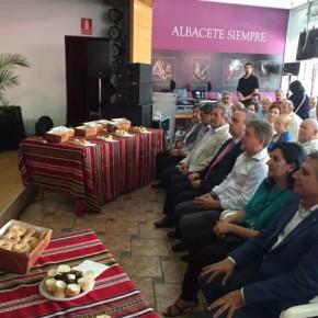 El Delegado Territorial de Castilla-La Mancha y Diputado Provincial de Ciudadanos (C´s) de Toledo, Antonio López, visita la Feria de Albacete
