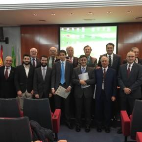 Ramón Molinary, Diputado en Cortes por Ciudadanos (C's) asiste a la entrega de premios de la Academia de Ciencias Veterinarias