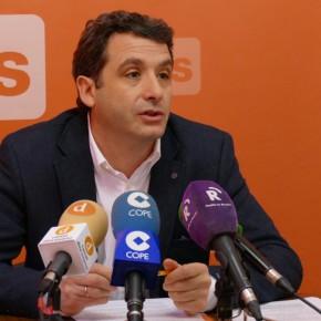 """Ciudadanos traslada al Pleno la iniciativa """"Apadrina un parque"""""""