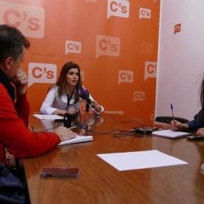 Ciudadanos propone al Pleno municipal mejorar la calidad y reforzar el servicio de aseos públicos en Toledo
