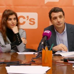 Ciudadanos propone al Pleno regular la explotación de las sillas del Corpus