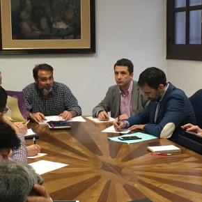 Esteban Paños participa en el grupo de trabajo sobre recogida de residuos