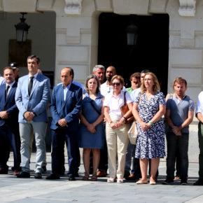 Cs C-LM se suma al minuto de silencio en solidaridad con las víctimas de los atentados de Barcelona y Cambrils