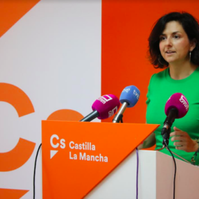 """Orlena De Miguel (Cs): """"Del Gobierno de PSOE-Podemos tan sólo conocemos el nombre de los que ocuparán los nuevos sillones. ¿Dónde está la hoja de ruta del nuevo equipo de Gobierno?"""""""