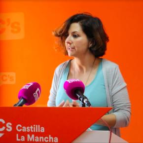 """Orlena De Miguel: """"Le pedimos al Gobierno que aplique el artículo 155 y se convoquen elecciones en Cataluña pero con garantías y de acuerdo a la Ley"""""""