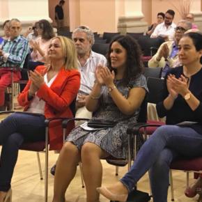 Araceli de la Calle asiste al acto inaugural de la IX Semana del Mayor