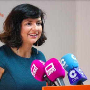 """Orlena De Miguel: """"Sin tener suficientes profesores, la Consejería de Educación ha aprobado un experimento en 30 centros educativos para incluir una nueva asignatura de la que desconocemos su currículo"""""""