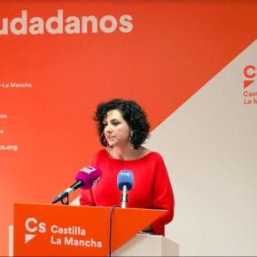 """Orlena De Miguel: """"No podemos entender como el PSOE está dejando escapar una oportunidad para reducir las tasas de abandono escolar"""""""