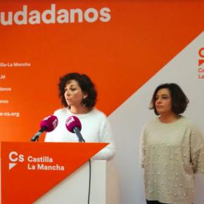 """Begoña Molina: """"Nuestro apoyo al PSOE no fue un cheque en blanco, firmamos un acuerdo del que hoy en día parece que se han olvidado"""""""