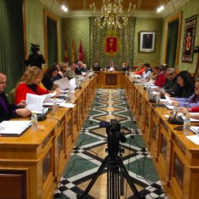 Cs propone ahorrar 50.000 euros anuales adquiriendo en propiedad las carrozas de las cabalgatas de San Julián y Reyes Magos