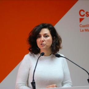 """Orlena De Miguel: """"El bipartidismo ha reducido y congelado la inversión en formación permanente del profesorado de Castilla-La Mancha"""""""