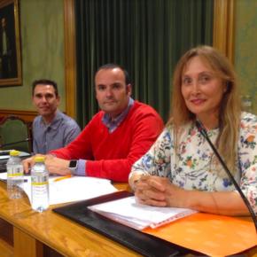 """Cs pide a los responsables de la Junta y el Ayuntamiento """"que dinamicen"""" la firma del convenio para el ascensor de Ronda"""