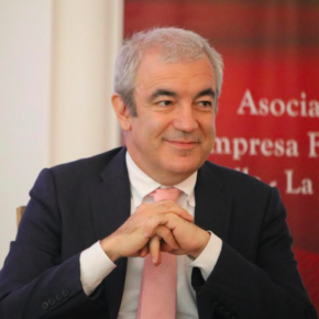 """Luis Garicano asegura que """"la polarización del mercado laboral afecta, sobre todo, a los trabajos de clase media"""""""