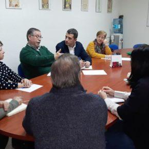 """Esteban Paños: """"coincidimos con los vecinos de Santa Bárbara en dar utilidad a los edificios públicos vacíos para dinamizar el barrio"""""""