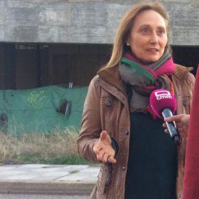 """El grupo municipal Ciudadanos exige que se acabe con la situación de peligro que viven los vecinos del edificio """"fantasma"""" de los sindicatos."""