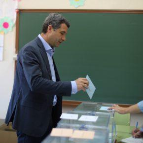 Esteban Paños anima a los toledanos a votar en una jornada electoral decisiva para el futuro de la ciudad, la región y Europa