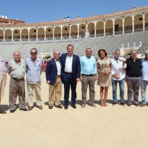 El alcalde de Albacete, Vicente Casañ, anuncia que Javier López-Galiacho será el pregonero de la Feria Taurina 2019