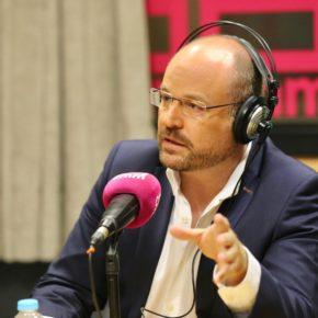 """Ruiz: """"Los políticos tienen que dejar de mirar sus encuestas y luchar por el interés de los ciudadanos"""""""