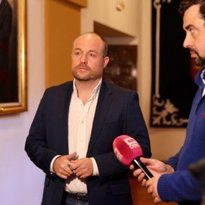 """Ruiz: """"Hoy vamos a vivir un ejercicio de incoherencia cuando el PSOE pacta con los que quieren cargarse la Constitución"""""""
