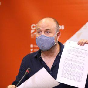 Ciudadanos denuncia la incoherencia de PP y PSOE frente al problema de la ocupación